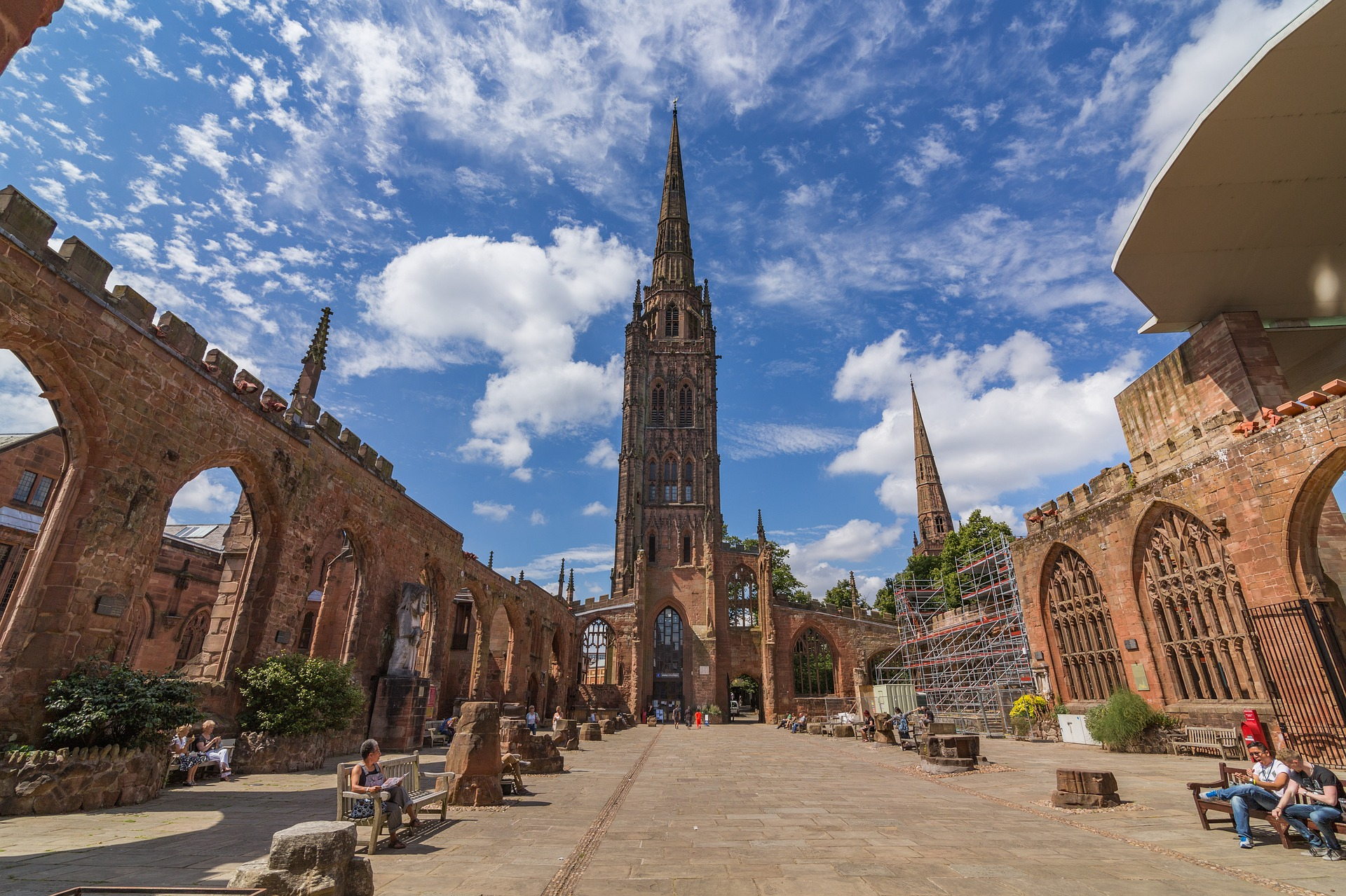 COVENTRY IS ONE OF TH EBEST STUDENT CITIES FOR NIGHT LIFE AND STUDENT ACCOMMODATION